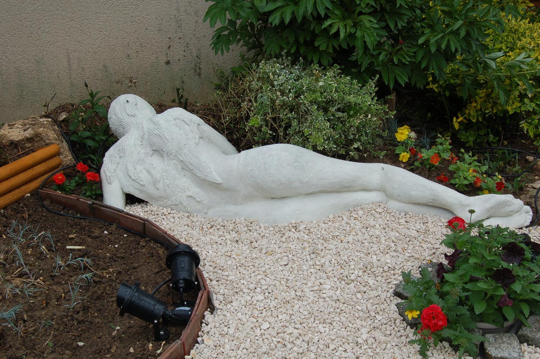 statue pour l 39 ext rieur offrez votre jardin l 39 image de votre personne. Black Bedroom Furniture Sets. Home Design Ideas